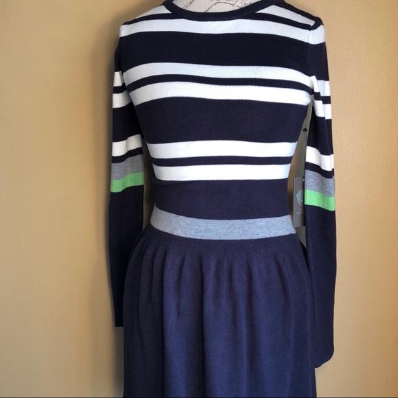 bda368f5942 NWT Vince Camuto Striped Navy Green Sweater Dress